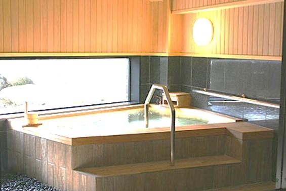 貸切家族風呂|奥屈斜路温泉ランプの宿森つべつ