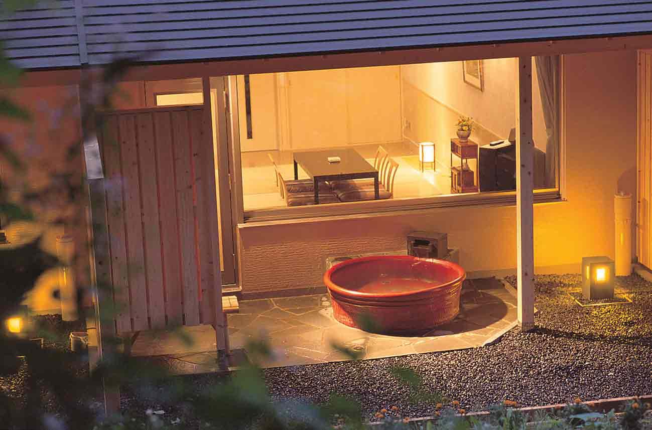 露天風呂付客室陶器|小樽朝里クラッセホテル